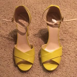 Kate Spade yellow patent sandals